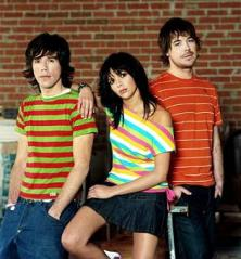 Are we to assume some Spanish department store had a 3-for-1 offer on stripy t-shirts?