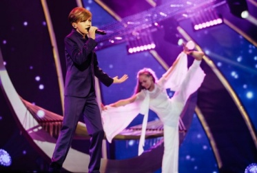 Mikhail-Smirnov-Russia-Junior-Eurovision-2015-rehearsal