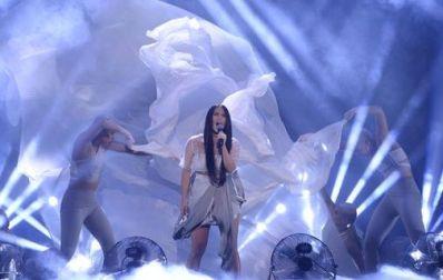 Molly-Sanden-Melodifestivalen-2016-Youniverse